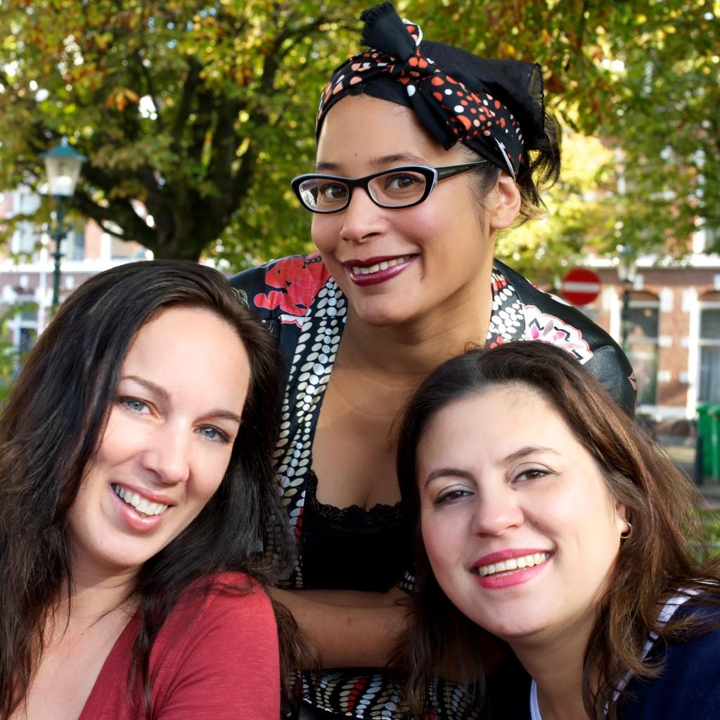 MamaMarketeers Laura van den Brink, Diana van Ewijk en Dana Taberima